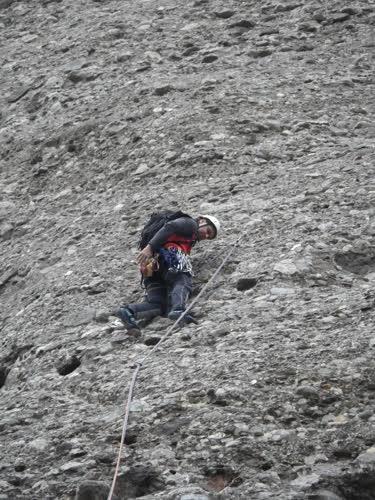 Toralf sufriendo el frío de la roca