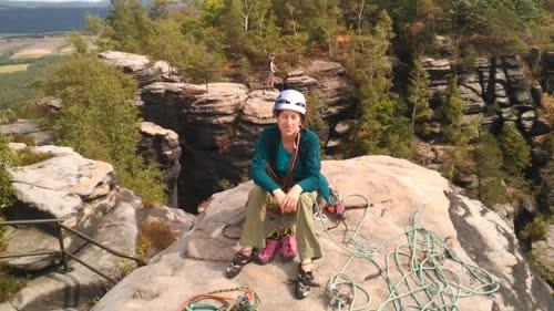 Helen en la cima del Lilienstein