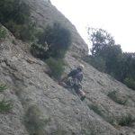 Bulto amigo del príncipe de Hospitalet enfrentándose a la roca mala del L4
