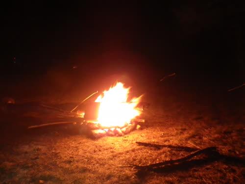 Fuego por la noche
