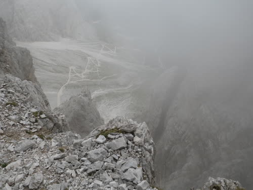 Por la niebla no se ve lo expuesto